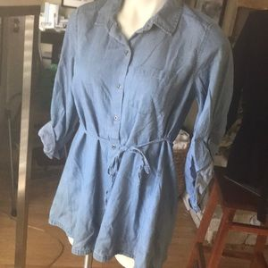 MOTHERHOOD MATERNITY denim shirt